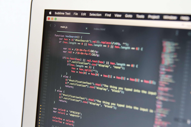 オウンドメディア作成の流れ_システムの開発
